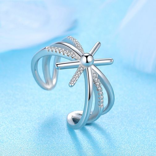Triple Shanks Criss Cross Open Ring