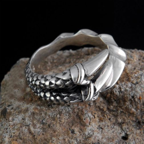 Oxidized Claw Men's Finger Ring