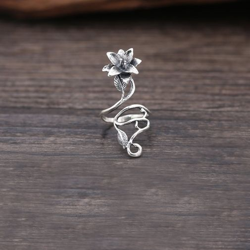 45mm Flower and Vine Cocktail Ring