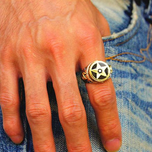 Two Faces Star Signet Ring