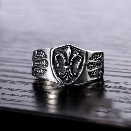 9mm Oxidized Anchor Gothic Ring