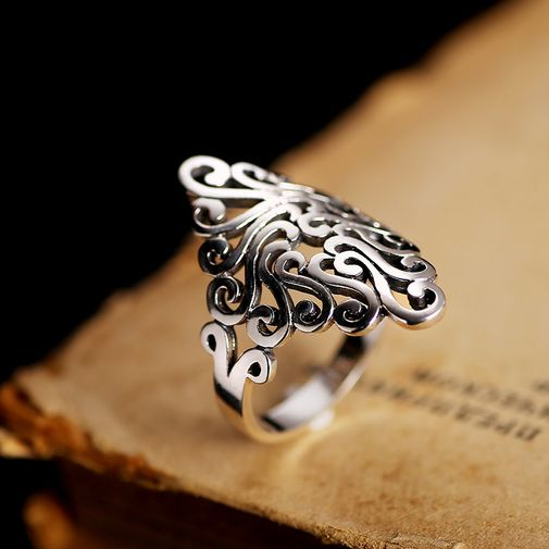 28mm Diamond Lucky Pattern Ring in Silver