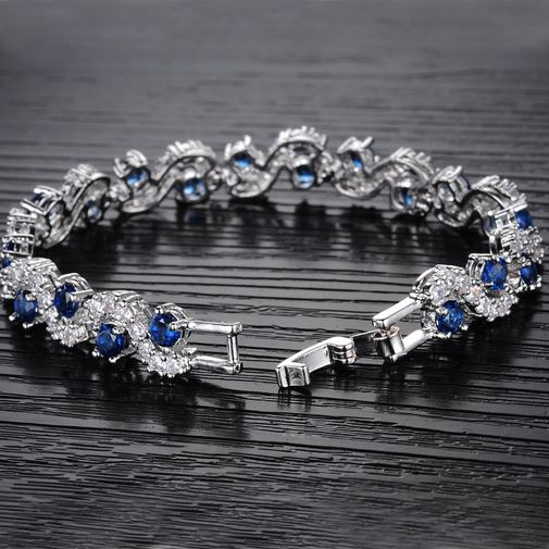 Tiny diamonds paved S Link Bracelet